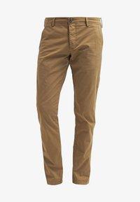 Selected Homme - SHHONE LUCA - Chino kalhoty - camel - 6