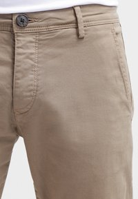 Selected Homme - SHHONE LUCA - Chinos - greige - 4