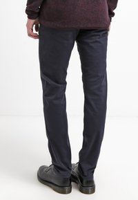Selected Homme - SHHONE LUCA - Chino kalhoty - navy - 2