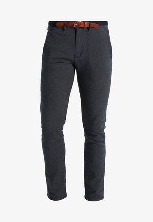 SHXYARD STRUCTURE SLIM FIT - Chino kalhoty - dark sapphire