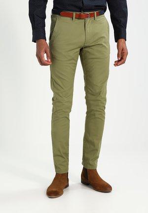 SHHYARD - Chino kalhoty - olive branch