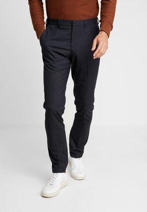 SLHSLIM MATHREP PIN STRIPE - Spodnie materiałowe - dark navy