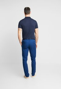 Selected Homme - SLHSLIM-YARD PANTS W - Chino kalhoty - estate blue - 2