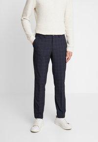 Selected Homme - SLHSLIM KENT PANTS - Stoffhose - dark blue - 0