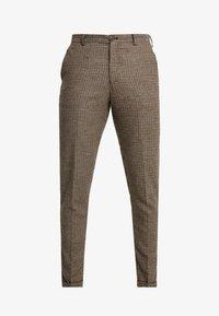 Selected Homme - SLHSLIMTAPERED FLEET PANTS - Kalhoty - brownie/navy - 4