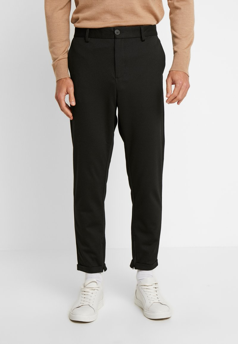 Selected Homme - SLHSPECIA ALEX MIX ZIP PANTS - Trousers - black