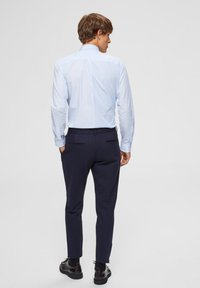 Selected Homme - Pantalones chinos - dark blue - 2