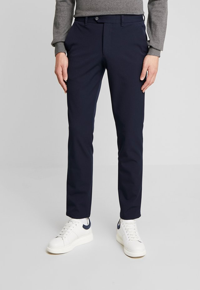 SLHSLIM-CARLO FLEX PANTS - Trousers - navy blazer