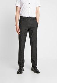 Selected Homme - SLHSLIM-STORM FLEX SMART PANTS - Kalhoty - grey - 0