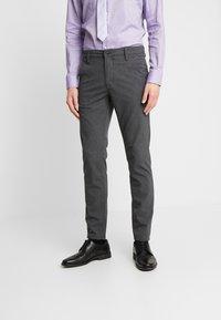 Selected Homme - SLHSLIM-STORM FLEX SMART PANTS - Kalhoty - grey melange - 0