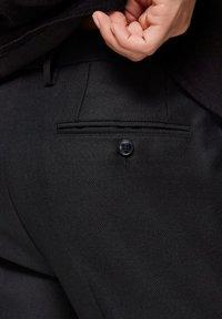 Selected Homme - SLIM FIT - Pantalon classique - black - 4