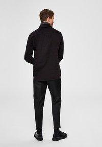 Selected Homme - SLIM FIT - Pantalon classique - black - 2