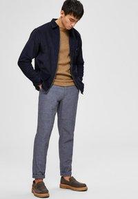 Selected Homme - Pantalon classique - navy - 3