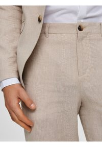 Selected Homme - Suit trousers - sand - 4