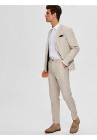 Selected Homme - Suit trousers - sand - 3