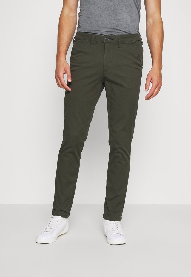 SLHSLIM MILES FLEX PANTS - Chino - forest night