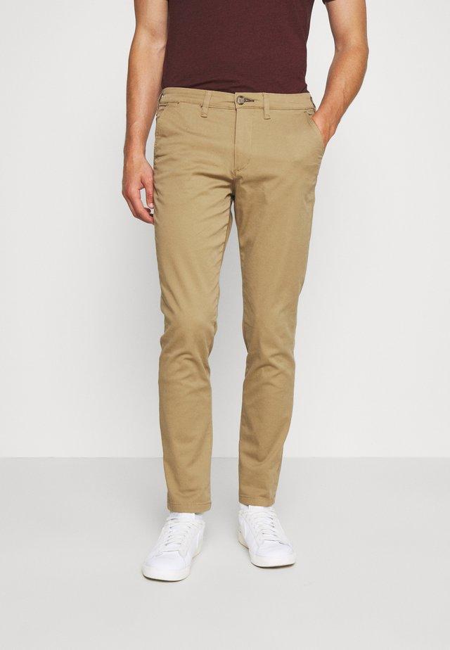 SLHSLIM MILES FLEX PANTS - Trousers - ermine