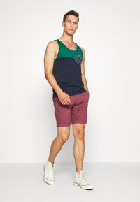 Selected Homme - SLHSTRAIGHT PARIS - Shorts - wild ginger - 1