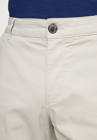 Selected Homme - SLHSTRAIGHT PARIS - Shorts - moonstruck