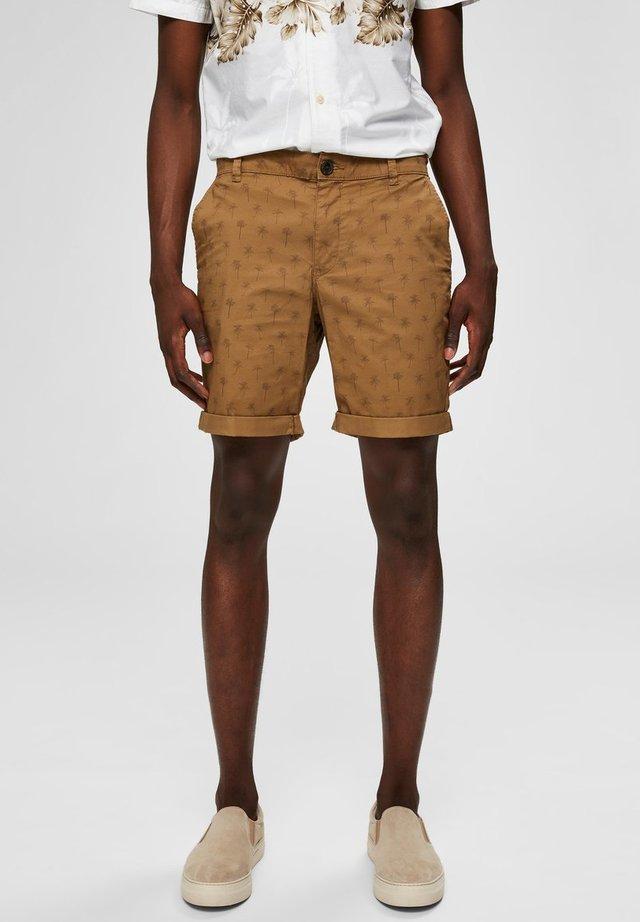 Shorts - ermine 2
