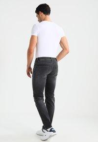 Selected Homme - SHNSLIM LEON - Jeans Slim Fit - grey - 2