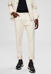 Selected Homme - Jeansy Straight Leg - white denim - 0