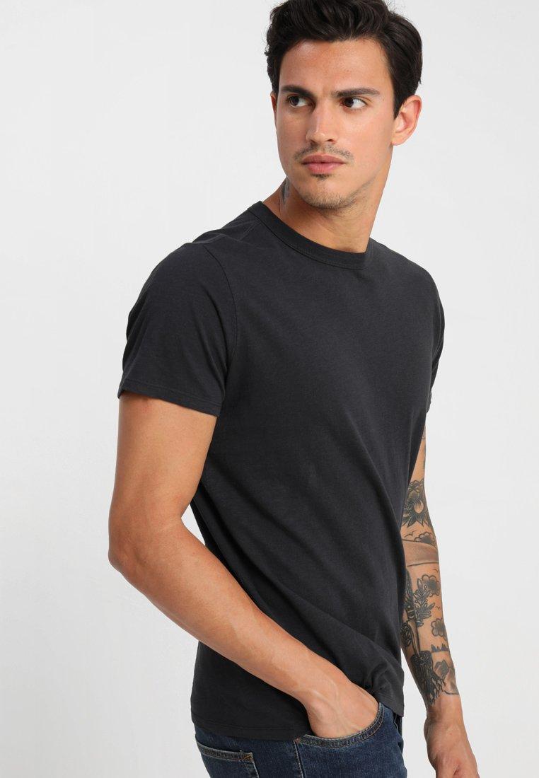 Selected Homme - SHHBEN - T-Shirt basic - black beauty