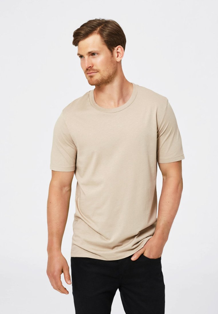 Selected Homme - SHDTHEPERFECT - Basic T-shirt - sand