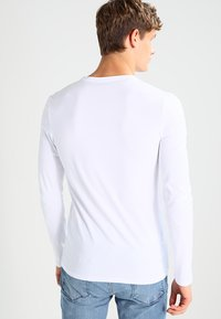 Selected Homme - SHDBASIC - Long sleeved top - bright white - 2