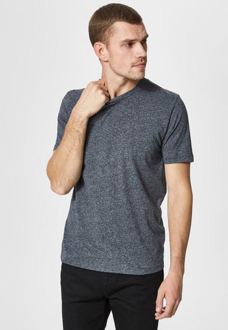 Selected Homme - Basic T-shirt - dark sapphire