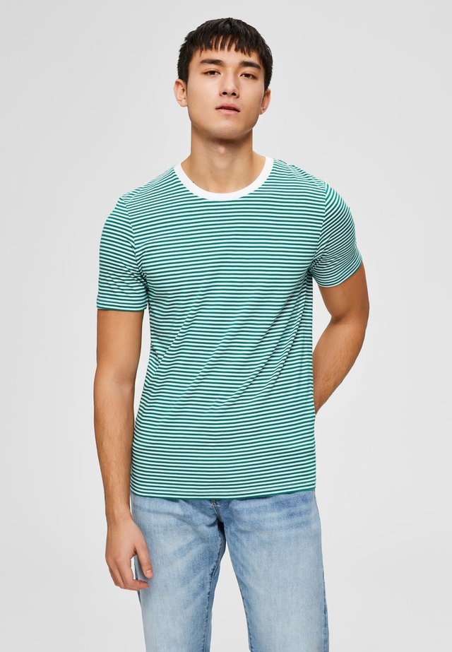 Print T-shirt - shady glade