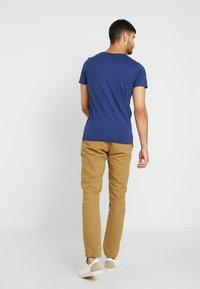 Selected Homme - SHNNEWMERCE O-NECK TEE - T-shirt basique - blue - 2