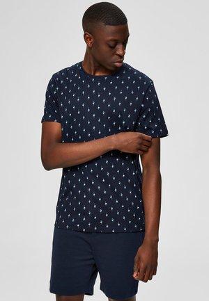 T-SHIRT BEDRUCKTES REGULAR FIT - Print T-shirt - sky captain