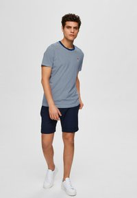 Selected Homme - Print T-shirt - navy peony - 1