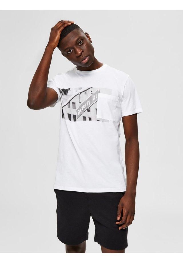 CALIFORNIA  - T-shirt z nadrukiem - bright white