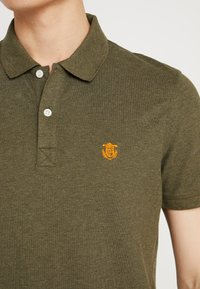 Selected Homme - SHDARO EMBROIDERY - Polo shirt - sea turtle - 5
