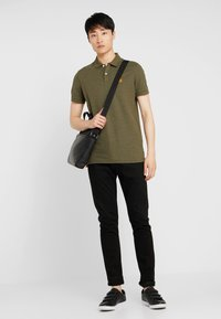 Selected Homme - SHDARO EMBROIDERY - Polo shirt - sea turtle - 1