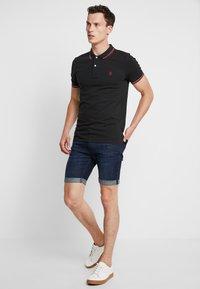 Selected Homme - SHHNEWSEASON - Polo shirt - black - 1
