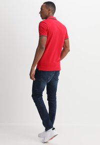 Selected Homme - SLHNEWSEASON  - Poloshirt - true red - 2