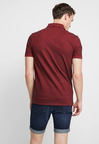 Selected Homme - SLHTWIST  - Poloshirt - red dahlia/twisted with black - 2