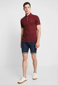 Selected Homme - SLHTWIST  - Poloshirt - red dahlia/twisted with black - 1