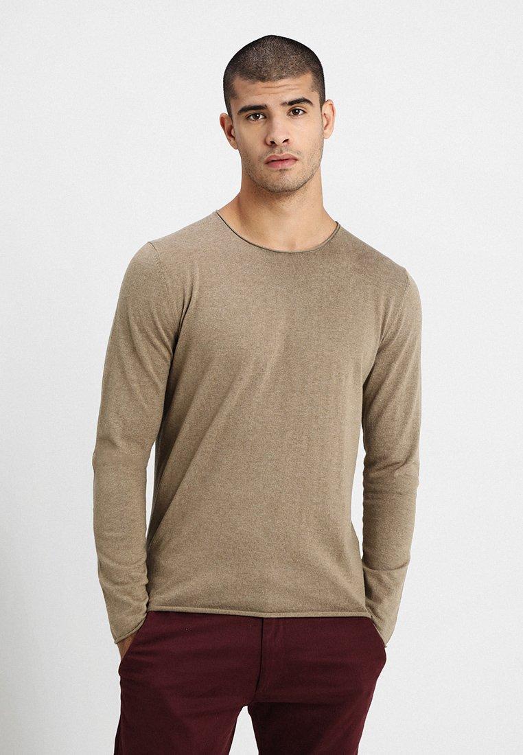 Selected Homme - SHDDOME CREW NECK - Jersey de punto - sepia tint