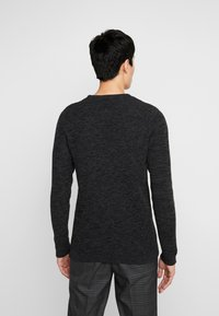 Selected Homme - SHXNEWVINCEBUBBLE CREW NECK - Stickad tröja - antracit/black - 2