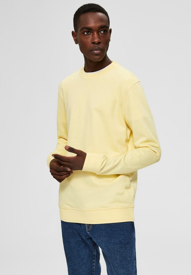 SWEATSHIRT REGULAR FIT - Sudadera - lemon meringue