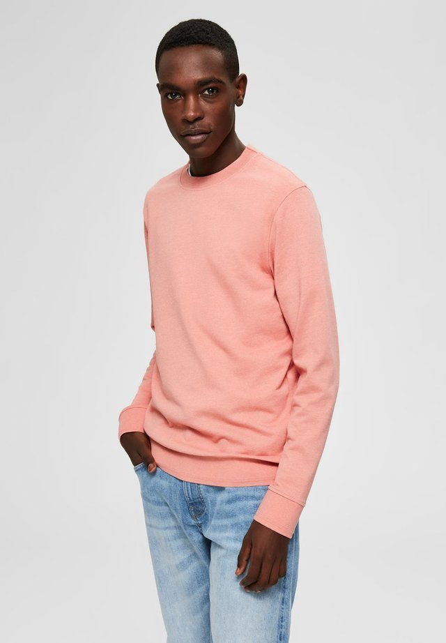 SWEATSHIRT REGULAR FIT - Sudadera - lobster bisque