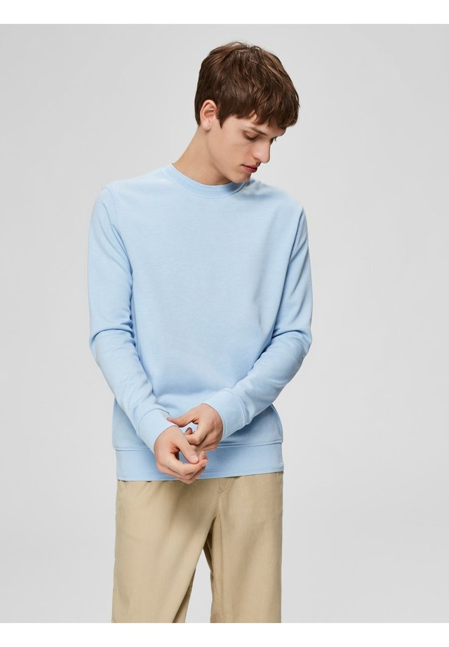 SWEATSHIRT REGULAR FIT - Sudadera - cashmere blue
