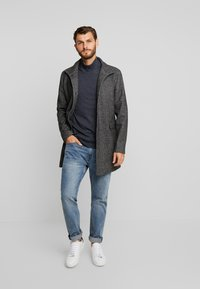 Selected Homme - SLHMOSTO - Classic coat - beluga/salt/pepper - 1