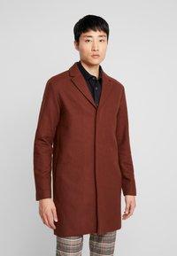 Selected Homme - SLHBROVE COAT  - Krátký kabát - caramel café - 0