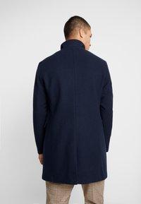 Selected Homme - SLHMOSTO COAT - Classic coat - dark sapphire - 2