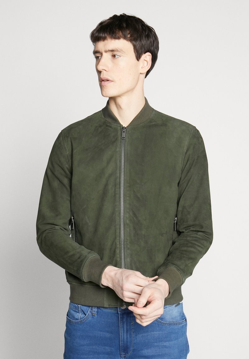 Selected Homme - SLH BOMBER SUEDE - Kožená bunda - forest night